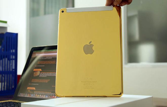 gold-ipad-1-660x424